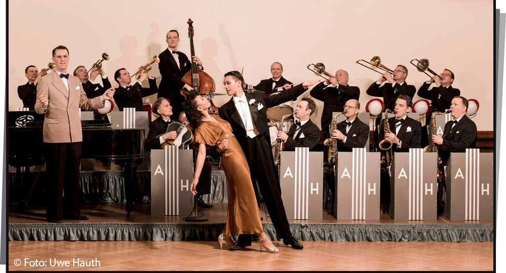 Andrej Hermlin and his Swing Dance Orchester